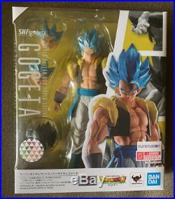 Authentic 3-SET S. H. Figuarts Dragon Ball Super Saiyan Broly (2) and SSGS Gogeta